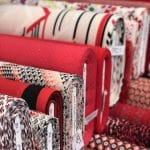 Modestoffen rode kleuren